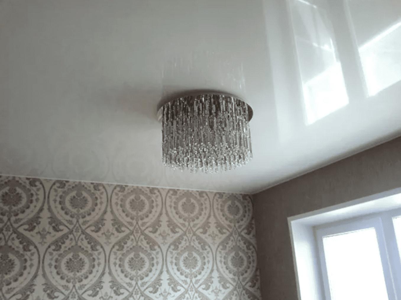глянцевый потолок на кухне в Архангельске